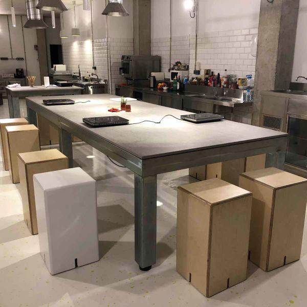 modular kitchen, modular stool, customisable,cocina modular, taburete modular, personalizable,cucina modulare, sgabello modulare, personalizzabile